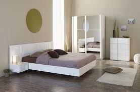 meuble de chambre adulte meuble blanc chambre astuces pour bien marier les couleurs