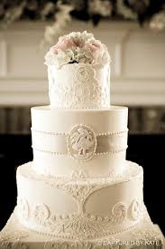 Elegant Vintage Cake I Adore This One