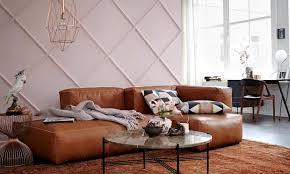 wohnen mit farben einrichten in braun und rosa schöner