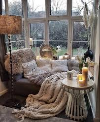 wohnzimmer eine kuschlige ecke im erker wgundwohnung
