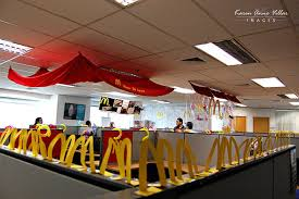 Cubicle Decoration Themes In Office For Christmas by Halloween Office Decoration Theme Office Bay Decoration Themes
