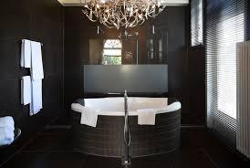 Chandelier Over Bathtub Code by 25 Stylish Bathroom Lighting Ideas Interiorcharm