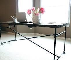 bureau metal et bois bureau metal bois bureau style industriel en metal et bois bureau
