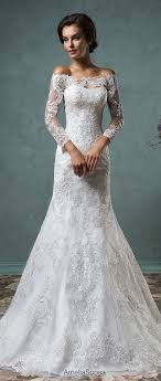 Tulle Wedding Dress With Dropped Waist Calandra Showcases The Kind Of Elegance That Transcends Time A Delicate Sheer Curved Bateau Neckline