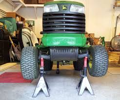 John Deere L110 Mower Deck Belt Routing by How To Change The Traction Belt On A John Deere Lt155 8 Steps