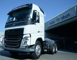 FAMCO Introduces Euro 5 Volvo Trucks - Construction Business News ... Motoringmalaysia Truck News Volvo Trucks To Showcase Their Rolls Out Its Supertruck New Vnx Series Is Heavyhauls Heavy Hitter Desi Ribotuvas Ties 85 Kmval Nauda Monei Ar Nepatogumas Vairuotojui Geely Buys Big Stake In Road And Tracks The 2400 Hp Iron Knight Truck Is Worlds Faest Big Epic Split Featuring Van Damme Inspiration Room Fh16 750 Lvo Lvotruck Truck Trucks Sweden Apie Mus Saugumas Jis Gldi Ms Dnr News Archives 3d Car Shows Malaysia Unveils The Discusses Vehicle Owners On Upcoming Eld Mandate