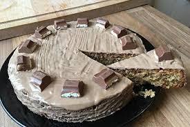 nuss kinder country kuchen mit kinderschokoladenüberzug