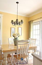 Benjamin Moore Suntan Yellow Eating Nook In Country Style Kitchen Kylie M E Rustic Farmhouse Paint
