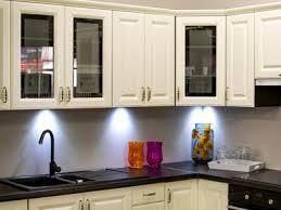 beleuchtung in der küche tipps hagebau de