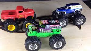 Hot Wheels Monster Jam Grave Digger Vintage And More!!! - YouTube Hot Wheels Monster Jam Grave Digger Vintage And More Youtube Giant Truck Diecast Vehicles Green Toy Pictures Monster Trucks Samson Meet Paw Patrol A Review New Bright Rc Ff 128volt 18 Chrome For Kids The Legend Shop Silver Grimvum Diecast 164 Project Kits At Lowescom Redcat Racing 15 Rampage Mt V3 Gas Rtr Flm