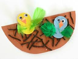 With The New Leaves And Flowers Birds Enjoy They Are Also Fresh To Take Long Flights From One Tree Another This Is A Great Spring Craft For Kids