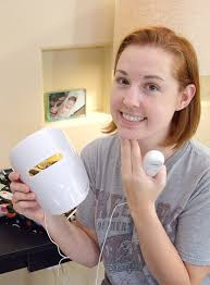 Clearer Skin with Neutrogena Light Therapy Dream a Little Bigger