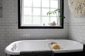 Kohler Villager Bathtub Weight by Cast Iron Tubs Carlton Cast Iron Bath With Continuous Rolled Rim
