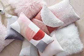 Pink Throw Pillows Tar