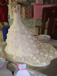 Wedding Dress Cakes That Are so Pretty You Could Just Eat Them Up