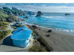 100 Coastal Wenatchee 1525 BEACH AVE BROOKINGS OR 97415 Oregon