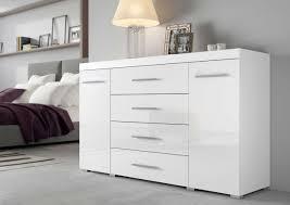 kommode sideboard mit 2 türen und 4 schubladen korpus weiß mit fronten in hochglanz melamin dekor weiß weiß hochglanz melamin dekor