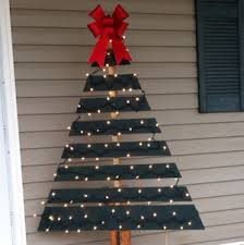 Rustic Christmas Outdoor Decorations Pallet Tree Green Paint Big Red Bow Clear String Lights