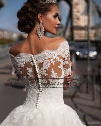 Discount Rustic Lace Country Wedding Dresses Off The Shoulder Sexy Ball Gown Short Sleeve Women Dress 2018 Bridal Collections