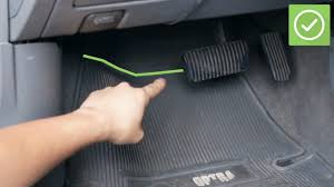 How To Fit Car Mats: 15 Steps (with Pictures) - WikiHow