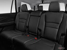 Luxury Suv With Second Row Captain Chairs by 2017 Honda Pilot Interior U S News U0026 World Report
