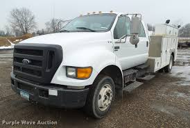 2005 Ford F650 Super Duty Service Truck With Crane | Item DZ...