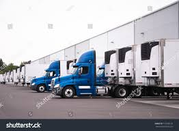 100 Semi Truck Trailers Day Cab Big Rigs S Stock Photo Edit Now 719329135