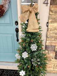 Outdoor Christmas Decorations Ideas On A Budget by Brilliant Front Door Christmas Home Decoration Presenting