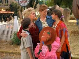 Halloweentown 2 Full Cast by Here U0027s What The Cast Of