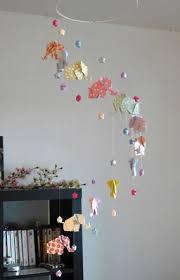 origami chambre bébé mobile origami 12 éléphants et 24 etoiles http mademoiselle