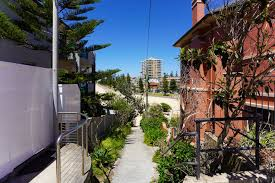 100 Queenscliff Houses For Sale 101 Greycliffe Street NSW 2096 House