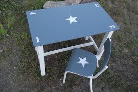 m bureau enfant ensemble ancien table d enfant en bois et chaise d ecole patine gris