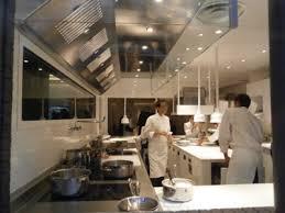 cuisine de restaurant cuisine restaurant chefs de mouvement duune cuisine de