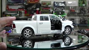 Revisión / 1:24 Ram 1500 2014, De Jada Toys. - YouTube Toy Rollback Tow Truck Images Dodge Ram Colour Range Available At Trucks N Toys Diecast Pickup Scale Models 5 Police 144 Blackwhite 1500 Black Jada Just 97015 Choc Drive 2016 This Rejuvenated 2004 Ford F250 Has It All Rally 3d Obstacles In Your Childhood Toy Truck Farm For Fun A Dealer Buy Maisto Fresh Metal Car Scale 164 Xtreme Adventure Newray Ca Inc