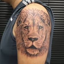 A Lioness Is Also Symbol For Protection Most People Believe That This Tattoo Can Help Spare Them From Any Dangers And Harm Lion Tattoos