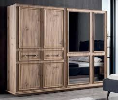 casa padrino luxus schlafzimmerschrank braun 262 x 72 x h 216 cm moderner massivholz kleiderschrank mit 2 schiebetüren luxus schlafzimmer möbel