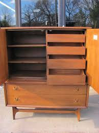 Broyhill Brasilia Gentlemans Dresser by Brasilia Gentlemen U0027s Chest By Broyhill U2014 The Furniture Dolly