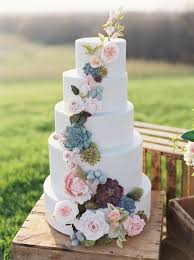 Elegant And Organic Nature Inspired Wedding Cake