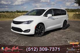 2018 CHRYSLER Pacifica Touring Plus Passenger Van For Sale In Austin ...