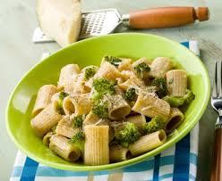 cuisiner le brocolis pâtes aux brocolis recette de pâtes aux brocolis marmiton
