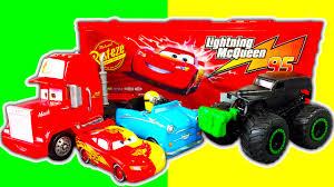 100 Mack Truck Playset Disney Cars ColorChangers Lightining McQueen