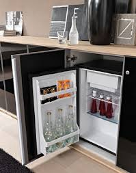 mini frigo de bureau l été au bureau 5 gadgets rafraîchissants
