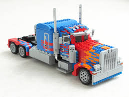 This Guy Built A LEGO Optimus Prime That Fully Transforms
