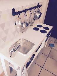 cuisine enfant 2 ans une kitchenette pour mon fils de 2 ans bidouilles ikea