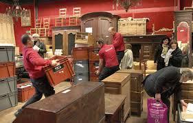 salle de vente aux encheres dans les coulisses des ventes aux enchères