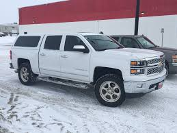 Does Anyone Have A White 2018 Silverado Custom Cc With Camper Shell ... Gmc Canyon Truck Camper Authentic 2017 Chevy Shell Autostrach Leer Shell On Long Bed Colorado Diesel Forum Wikipedia Luxury Ford Ranger Types Of Silverado The Lweight Ptop Revolution Vwvortexcom Pickup Truck Camper Shells Installed For Camping Or 2007 Accsories How Much A Steve Mcqueenowned Baja Race Sells 600 Oth Best Shells In Folsom Reno Caps And Snugtop Leer Dealer Boss Van Truck Outfitters