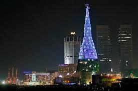 Words Tallest Christmas Tree Built In Sri Lanka Catholic Church Calls Massive Display A Waste Of Money