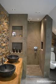 foto s natuursteenstrips badkamer welness en sauna kleine