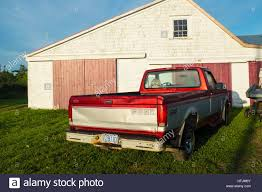 Old Ford Pickup Truck Stock Photos & Old Ford Pickup Truck Stock ... Ford Truck Bed Accsories Tonneau Cover Features And Options Super Duty Decked Drawer System Lomax Tri Fold B10019 042018 F150 1965 F100 Custom Cab Short Pickup A Heavy Ford 2013 Pickup Truck Bed Item Ag9486 Sold Septem Hard Trifold Strictlyautoparts Bak 26329bt 52018 With 5 6 Bakflip Cs Trucks Cabin Jc Lewis Ford Tailgates N Truck Beds Bumpers 9703 Id 2934 For Sale Fords Customers Tested Its New For Two Years They Didn