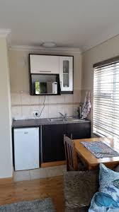 100 Bachelor Appartment SelfCatering Apartment